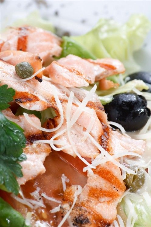 Салат из консервов семги рецепт с